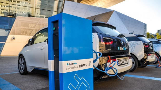 BMW und Ford investieren in Feststoffbatterie-Spezialisten Solid Power